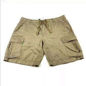 The North Face Khaki Cargo Shorts Mens Size 40